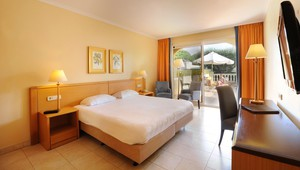 Luxury room with terrace - Van der Valk Hotel Barcarola